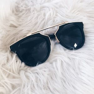 Accessories - Black sunglasses with gold frame